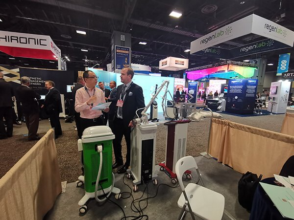 AAD Conference 2018 HuafeiMedical laser
